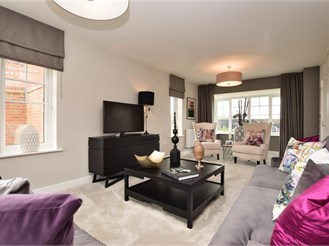 4 bedroom detached house in Cranleigh