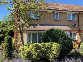 2 bedroom semi-detached house in Maidenbower, Crawley