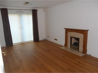 4 bedroom detached house in Worth, Crawley