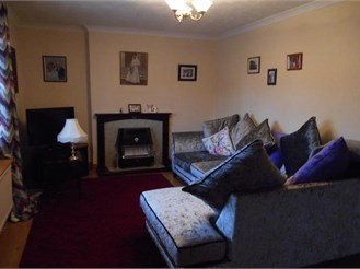 3 bedroom end of terrace house in Ifield, Crawley