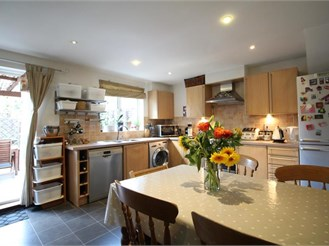 3 bedroom town house in Croydon