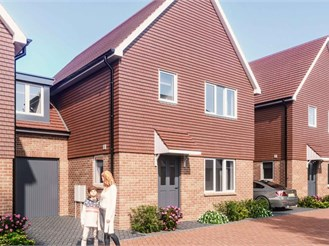 4 bedroom link-detached house in Scaynes Hill