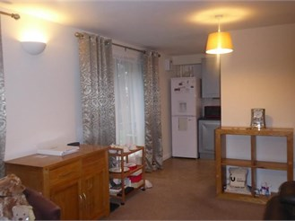 2 bedroom ground floor flat in Crawley