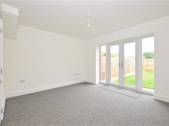 3 bedroom end of terrace house in Selsey, Chichester