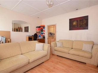 1 bed first floor converted flat in Worthing
