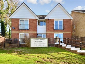 2 bedroom first floor apartment in Wootton Bridge, Ryde
