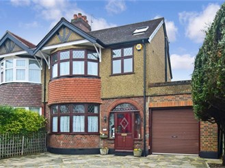 4 bedroom semi-detached house in Cheam