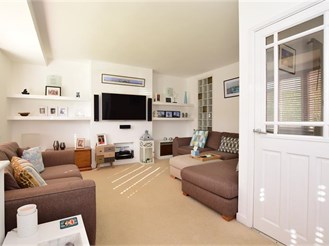 5 bedroom semi-detached house in Patcham, Brighton