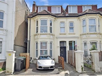 2 bedroom ground floor apartment in Southsea, Portsmouth