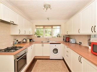 3 bedroom terraced house in Westbourne