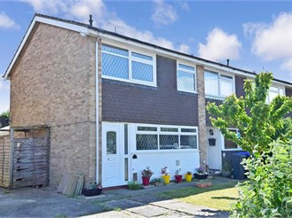 3 bedroom end of terrace house in Goring-By-Sea, Worthing