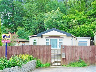 2 bedroom park home in Meopham