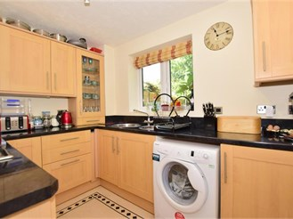 3 bedroom end of terrace house in Southwater, Horsham