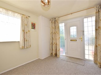 4 bedroom semi-detached house in Southgate, Crawley