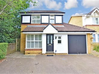 3 bedroom detached house in Southgate, Crawley