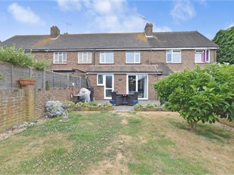 3 bedroom terraced house in Littlehampton