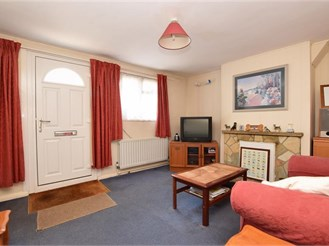 3 bedroom end of terrace house in West Green, Crawley