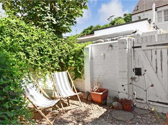 2 bedroom end of terrace house in Lewes