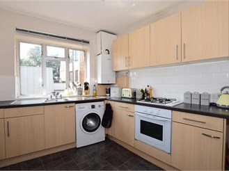 3 bedroom first floor maisonette in Banstead