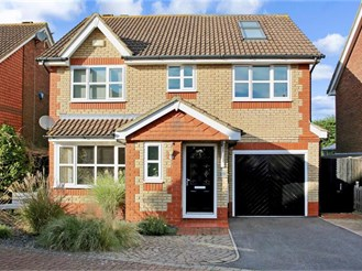 5 bedroom detached house in East Farleigh, Maidstone