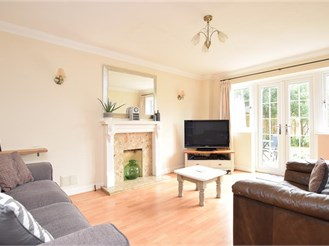 3 bedroom detached house in Rudgwick