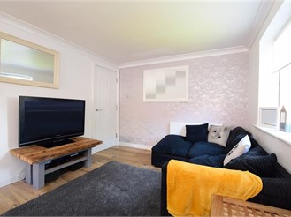 2 bedroom first floor apartment in Brighton