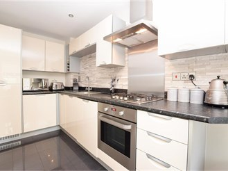 4 bedroom town house in Maidenbower, Crawley
