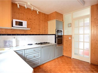 3 bedroom detached bungalow in Portslade, Brighton