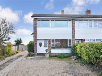 3 bedroom end of terrace house in Westergate, Chichester