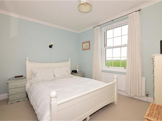 3 bedroom semi-detached house in Colworth, Chichester