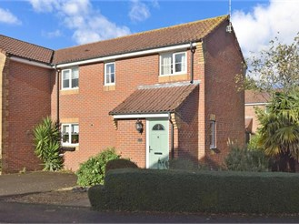 3 bedroom semi-detached house in Emsworth