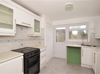 3 bedroom end of terrace house in South Norwood