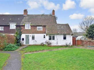 3 bedroom semi-detached house in Singleton, Chichester