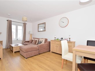 2 bedroom first floor apartment in Forge Wood