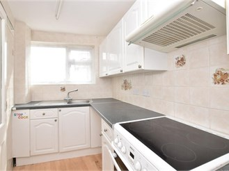 3 bedroom top floor maisonette in Goring-By-Sea, Worthing