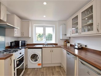 5 bedroom semi-detached house in Tonbridge