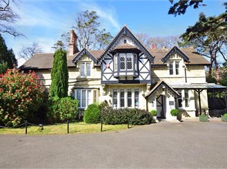 9 bedroom guest house in Shanklin
