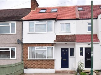 5 bedroom terraced house in Sutton