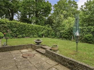 3 bedroom detached house in Langshott, Horley