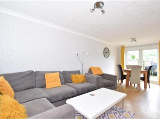 3 bedroom end of terrace house in Southwater