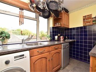 2 bedroom top floor flat in North Holmwood, Dorking