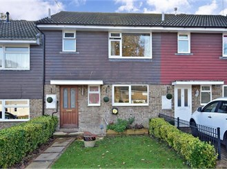 3 bedroom terraced house in Pound Hill, Crawley