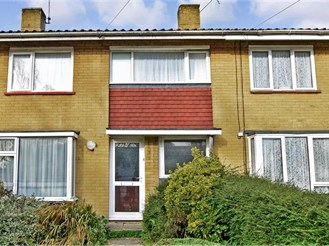 3 bedroom terraced house in Southgate, Crawley
