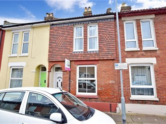 2 bedroom terraced house in Stamshaw, Portsmouth