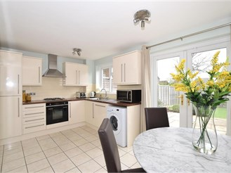 3 bedroom semi-detached house in Worth, Crawley