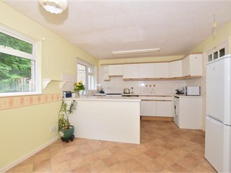 3 bedroom terraced house in Ifield, Crawley