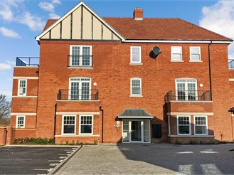 2 bedroom second floor apartment in Finberry, Ashford