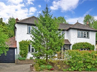 5 bedroom detached house in Chipstead, Coulsdon