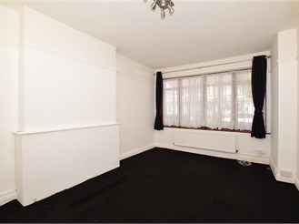 3 bedroom end of terrace house in Thornton Heath