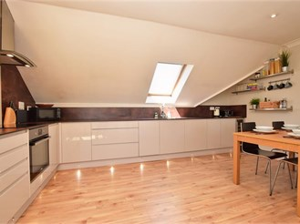 2 bedroom penthouse apartment in Horley